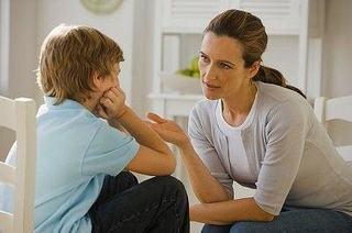 De ce e important sa vorbesti cu copilul despre fumat?