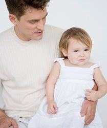 Imbracamintea bebelusului pentru botez