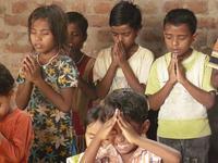 Boala ciudata care afecteaza tot mai multi copii din India. Autoritatile sunt in alerta