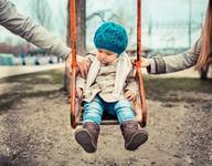 Dupa divort, custodia comuna este cea mai buna solutie pentru sanatatea copiilor