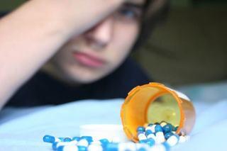 Semnal de alarma! In Romania sunt consumatori de droguri in varsta de 10 ani si dealeri de nici 14 ani
