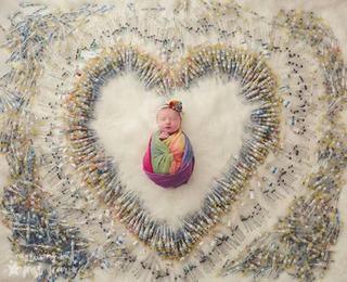 Bebelus inconjurat de 1616 ace. Sacrificiul unei femei pentru a deveni mama