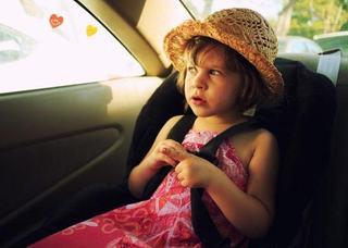 RAPORT: 52 de copii, morti din cauza caldurii din masini, record in 2018