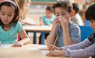 Ministerul Educatiei: Reguli obligatorii pentru scoli din cauza epidemiei de gripa. Cand se suspenda cursurile