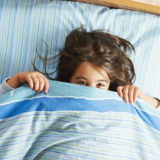 7 greseli ale parintilor atunci cand trebuie sa adoarma copiii