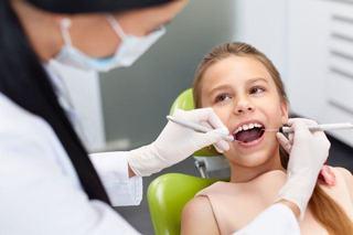 Albirea dentara la copii si adolescenti - care sunt riscurile?