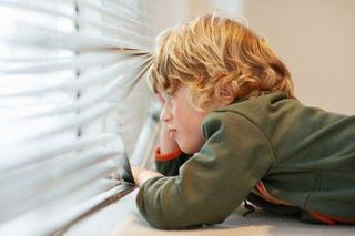 Cum pregatim copilul sa ramana singur acasa