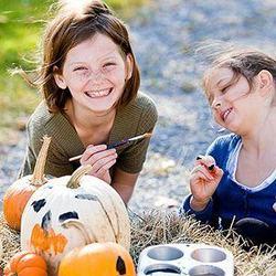 4 crafturi de Halloween pentru copii