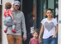 Mila Kunis a socat. A marturisit ca nu isi spala copiii in fiecare zi
