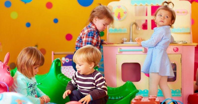 Cresele si after school-urile raman deschise in scenariul rosu