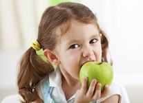 Care sunt cele mai bune fructe pe care trebuie sa le consume un copil