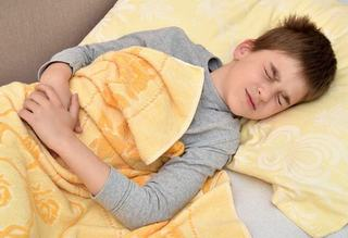 Apendicita la copii: simptome si semne de alarma
