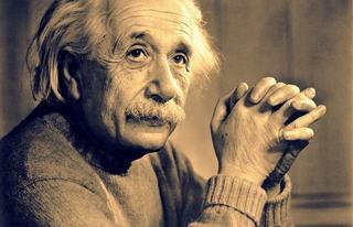 Cum arata fetita care sufera de acelasi sindrom ca Albert Einstein. A fost poreclita Chucky