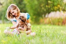 Cum protejam bebelusul pe canicula: 5 sfaturi esentiale