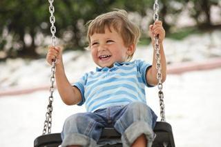 Jocurile aparent periculoase, benefice pentru dezvoltarea copilului