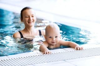 Siguranta bebelusului la piscina