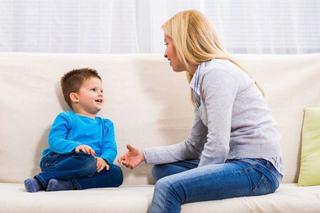 Intrebari pe care sa le adresezi copilului tau in loc de cum a fost ziua de azi?