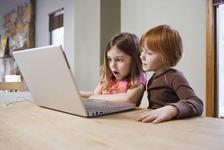 Draga parinte, supravegheaza-ti copilul pe Internet!