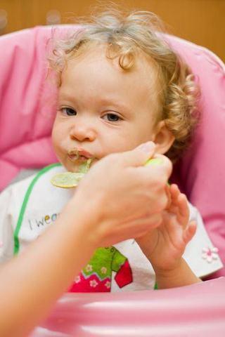 Cand introducem spanacul in alimentatia copilului