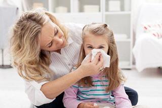 Stranutul si tusea la copil, cum il inveti igiena corecta?