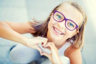 Cum functioneaza aparatul dentar si ce probleme poate rezolva tratamentul ortodontic