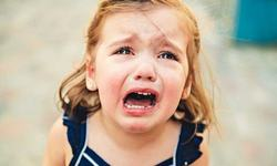 Furia la copii: principalele cauze care pot produce tantrumul