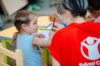 Salvati Copiii anunta deschiderea a doua centre de zi, pentru a preveni institutionalizarea copiilor