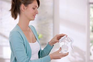 Philips Avent sustine alaptarea in randul mamicilor active (II)