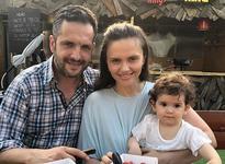 Chin de o luna pentru fetita Cristinei Siscanu din cauza unei infectii. Medicii nu au gasit niciun tratament