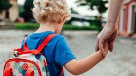 """Copil cu autism, dat afara dintr-o biserica din Timisoara: """"Nu aveti voie cu acest copil!"""""""