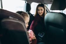 Copilul are rau de masina? Trucuri si sfaturi pentru o calatorie fara griji