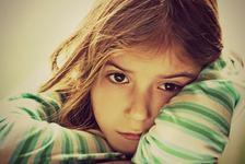 Importanta disciplinei somnului: ce se intampla cand copilul adoarme tarziu
