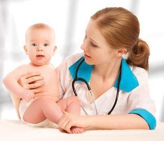 Sanatate copii: topul medicilor pediatri