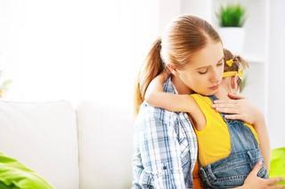 Esti o mama hiperprotectoare? Iata ce fel de adult va deveni copilul tau!