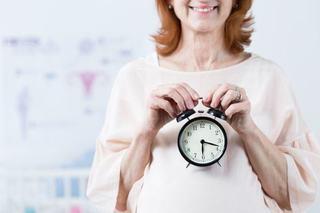 Femeile care devin mame dupa 35 de ani isi intaresc capacitatea mentala