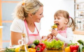 Medic pediatru, despre stimularea imunitatii copiilor