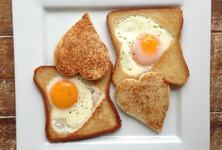 Idei sanatoase de mic dejun pentru diminetile in graba