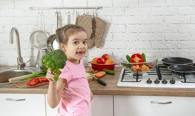 Alimente si fructe recomandate copiilor, si nu numai, pe timp de canicula