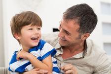 5 FRAZE pe care ar trebui sa le spui copilului tau in fiecare zi