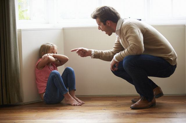 Abuzul verbal este violenta impotriva copiilor