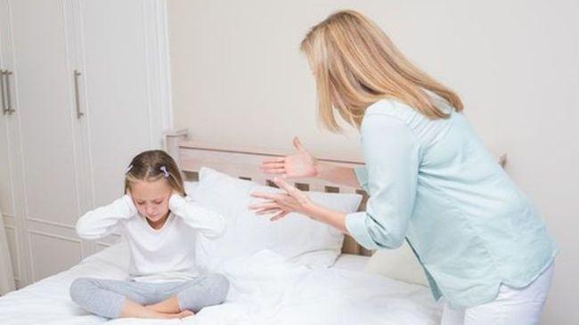 De ce creierul copilului NU invata nimic cand TIPI la el