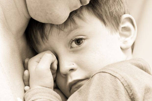 Cum le vorbim copiilor despre tragedii?