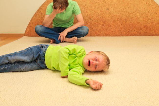 Motivul pentru care copilul tau NU se poate calma in timpul unui tantrum