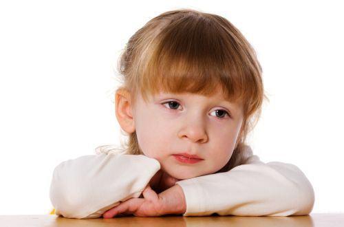 Cum sa combati tristetea copilului la final de vacanta