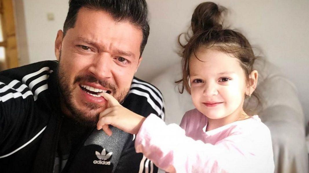 Cum i-a explicat Victor Slav fetitei sale ca mami si tati sunt despartiti!