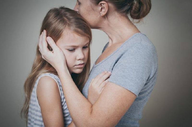 Grija exagerata a parintilor: cum afecteaza dezvoltarea copiilor