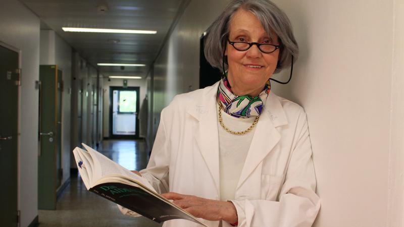 "Virusolog german, opinie controversata: ""Tinerii trebuie lasati sa stea impreuna sa se infecteze reciproc"""