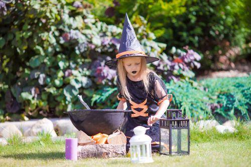 Costume de Halloween pentru copii. Creeaza manual costumul copilului tau!