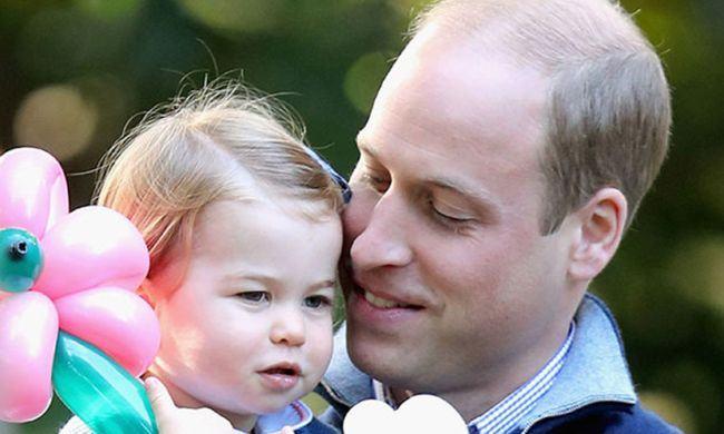 """Printul William a dezvaluit ca el ii face coditele micutei Charlotte: """"Este un cosmar"""""""