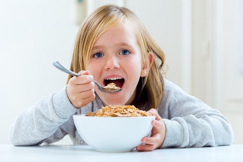 Cum poti REDUCE cantitatea de zahar din alimentatia copilului tau. 10 solutii la indemana oricui